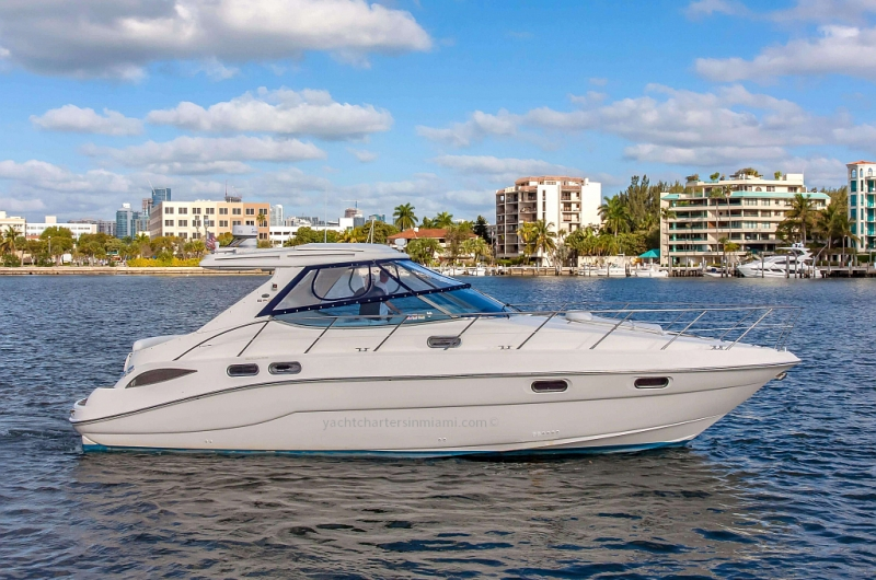 43 Sealine Sport Cruiser with Floating Mat